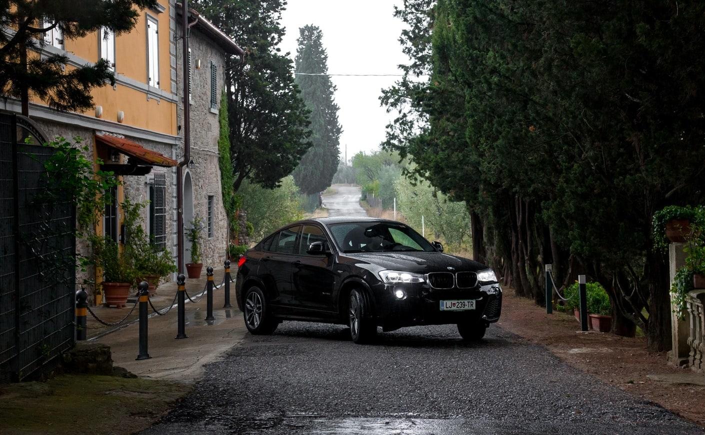 voiture maison